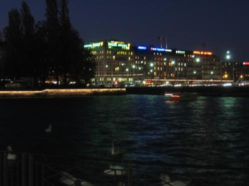 geneva-by-night.jpg