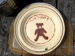Nournours' picnic plate
